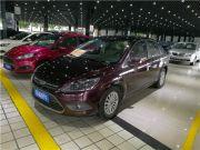 福特 福克斯三厢 2013 款 经典款 1.8L 手动 时尚型